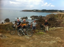Landausflug mit Fahrrädern über die landschaftlich beeindruckende Insel D'yeu.