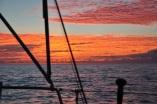 Kitscher gehts kaum: toller Sonnenaufgang im Atlantik